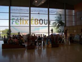 Aéroport Félix-Éboué: une crise au GPAR perturbe les vols