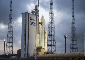 Le lancement de la fusée Ariane 5 de nouveau repoussé