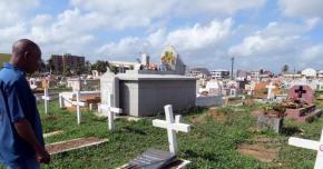 Toussaint: les cimetières, un véritable casse-tête pour les communes