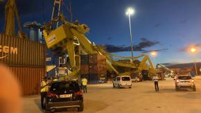 Dégrad-des-Cannes : une grue de 783 tonnes s'écroule alors qu'elle venait d'être livrée