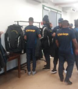 Fugue d'un joueur de l'AJ Saint-Georges dans l'hexagone avant le retour à Cayenne